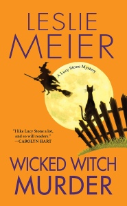 Wicked Witch Murder by Leslie Meier (Cover)